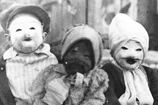 21-vintage-halloween-costumes-that-will-make-your-2-15521-1411424195-6_dblbig